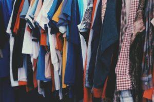 Organiser vêtements d'enfants